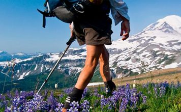 Learn What To Wear Hiking - The Ultimate Guide for the Beginner