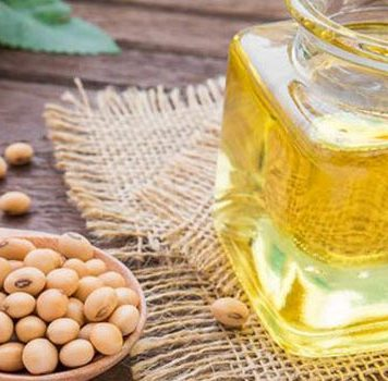 7 Amazing Benefits of Soybean oil for Hair and Skin
